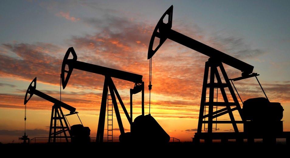 Нефть вновь торгуется вблизи 70 долларов за баррель