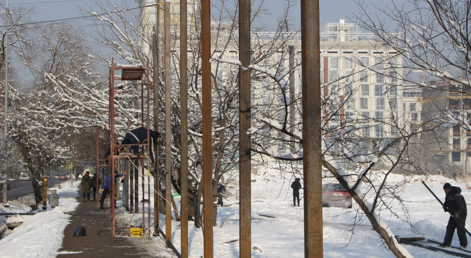 Стройка на кургане-пустыре: как акимат Алматы обещал музей, но строят дом