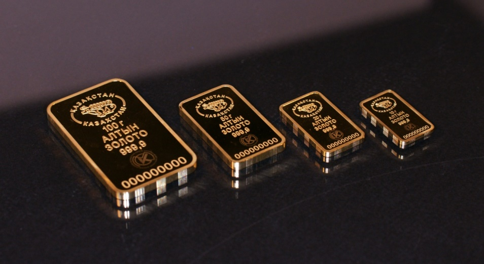 Население Казахстана ринулось скупать золото