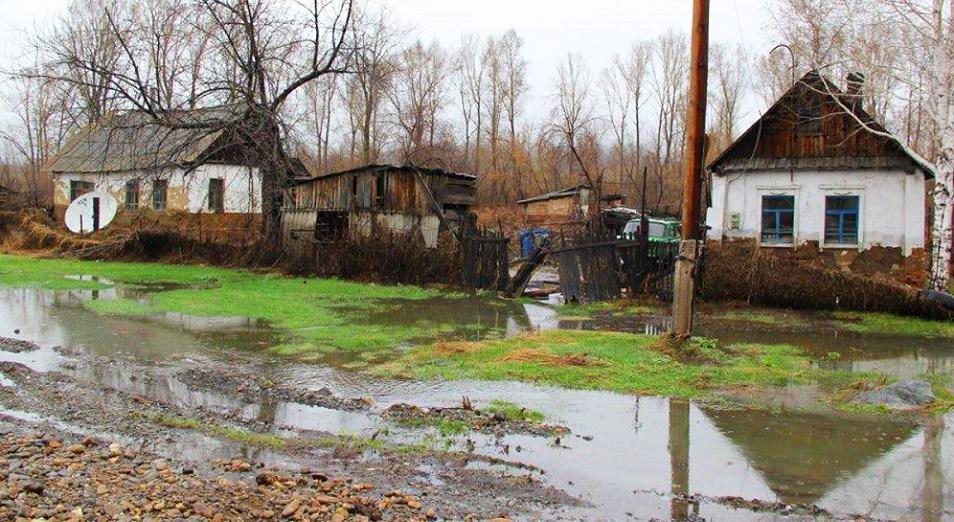 Треть эвакуированных из-за паводков людей вернулись в свои дома
