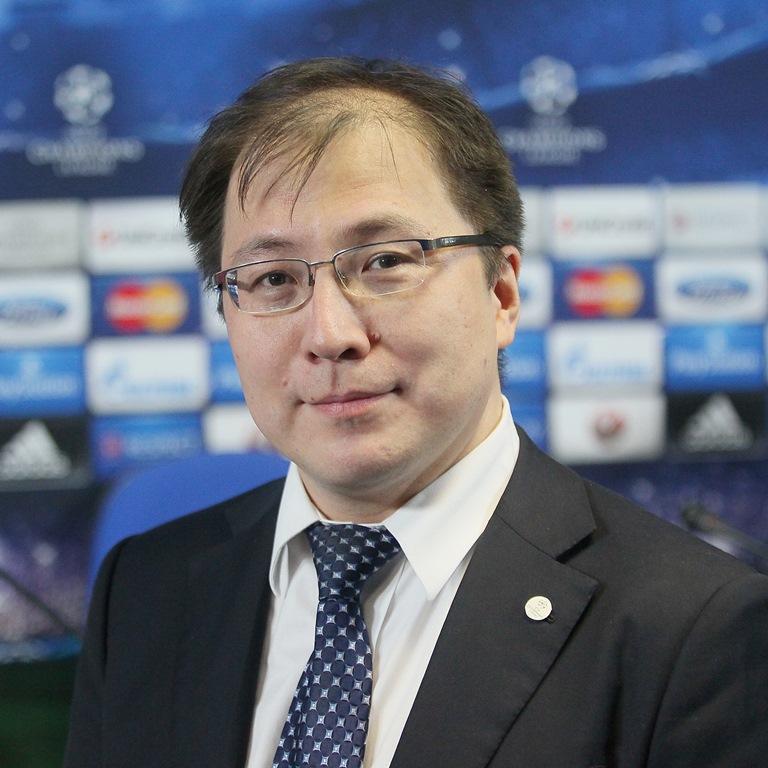Ильяс Омаров