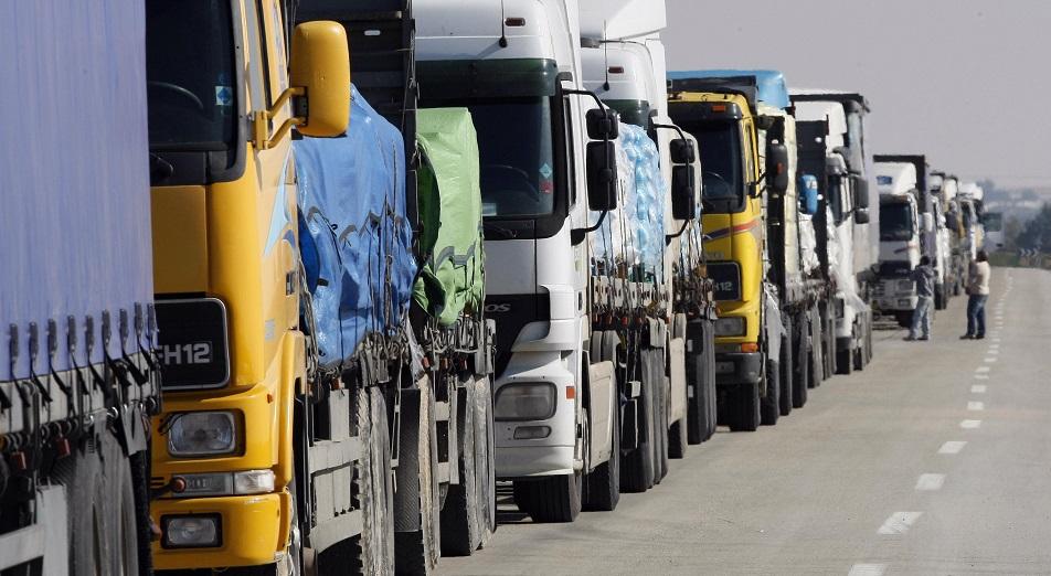 Транзитным автоперевозчикам помогут информационно