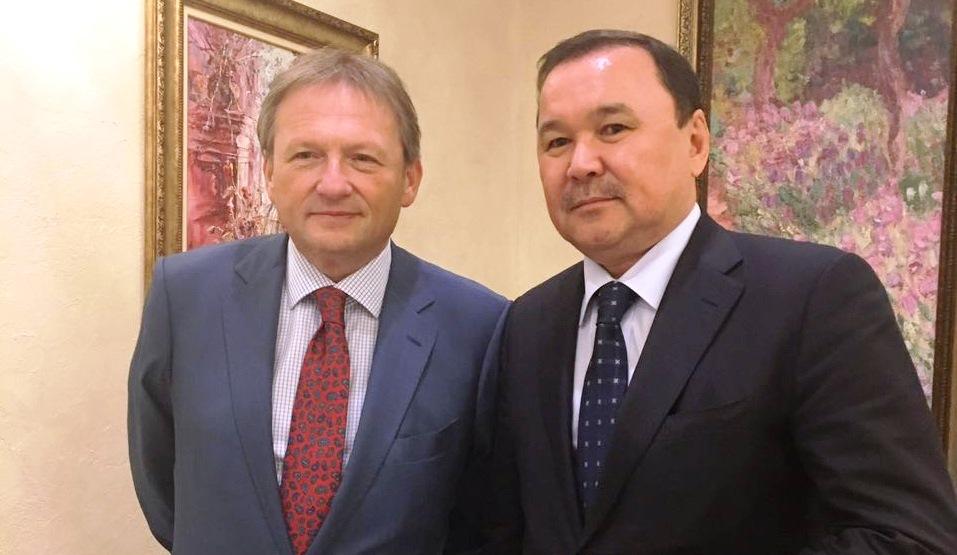 Болат Палымбетов и Борис Титов подписали меморандум