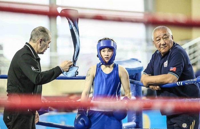 Личный тренер Назым Кызайбай исключён из тренерского совета Казахстанской федерации бокса