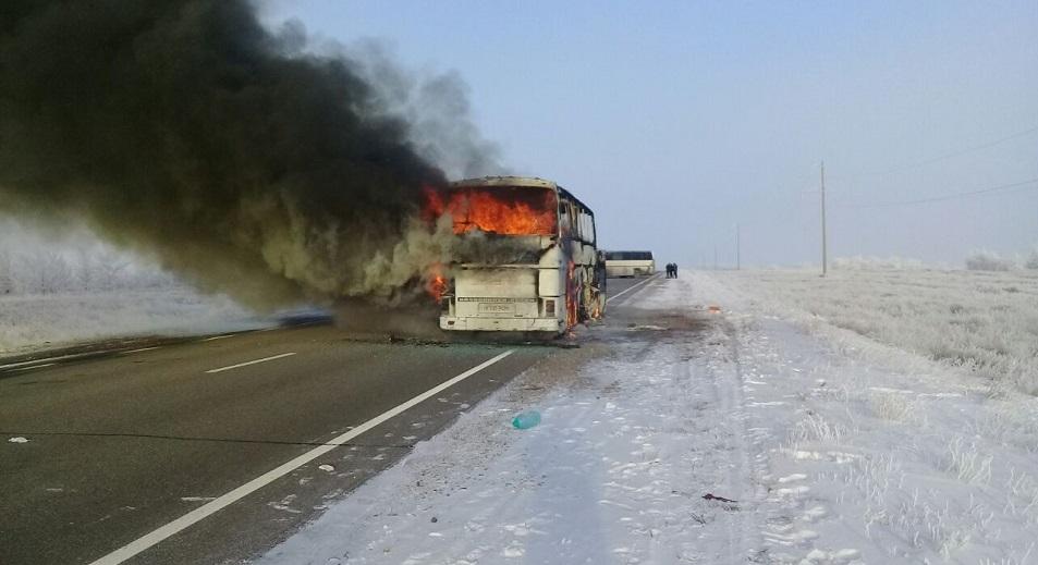 52 человека погибли в загоревшемся автобусе