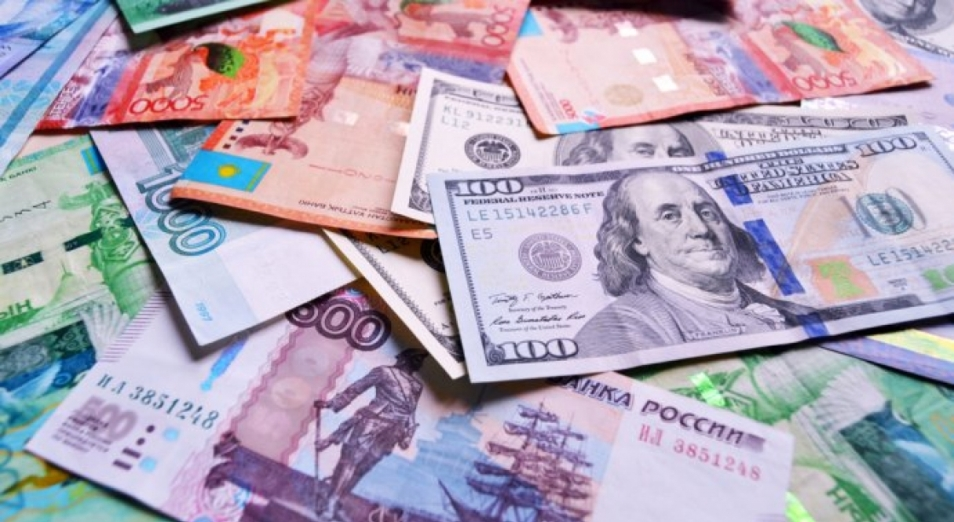 Тенге и рубль укрепились. Почему?