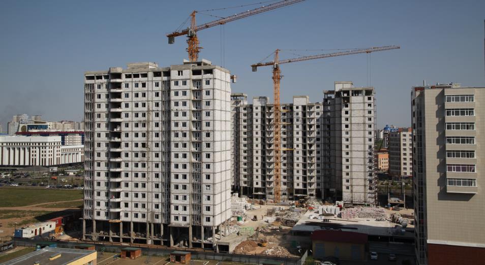 Почему строительство жилья в Нур-Султане рухнуло на треть