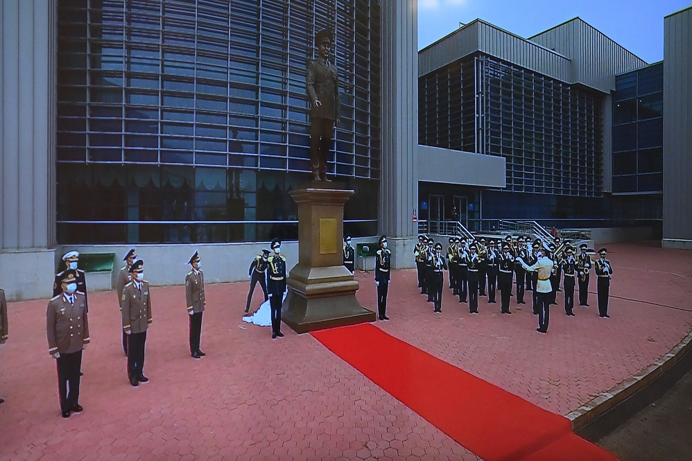 Нұрсұлтан Назарбаевқа арналған монумент ашылды