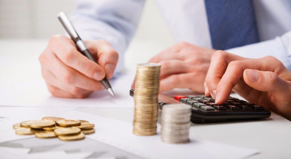 Налоговые каникулы малого бизнеса обойдутся бюджету в 380 млрд тенге