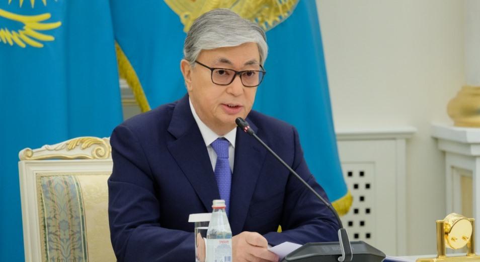 Токаев объявил выговоры ряду чиновников из-за упущений по сдерживанию COVID-19