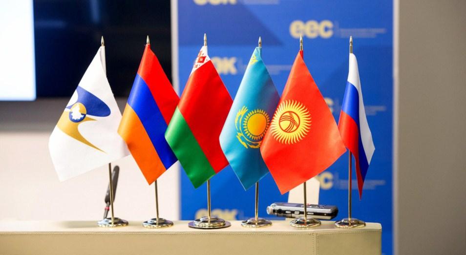 Что Путин приготовил для Назарбаева в Сочи