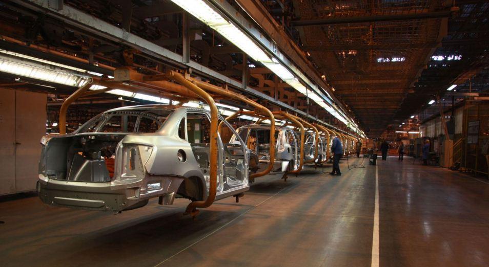 Автозаводы снизили производство