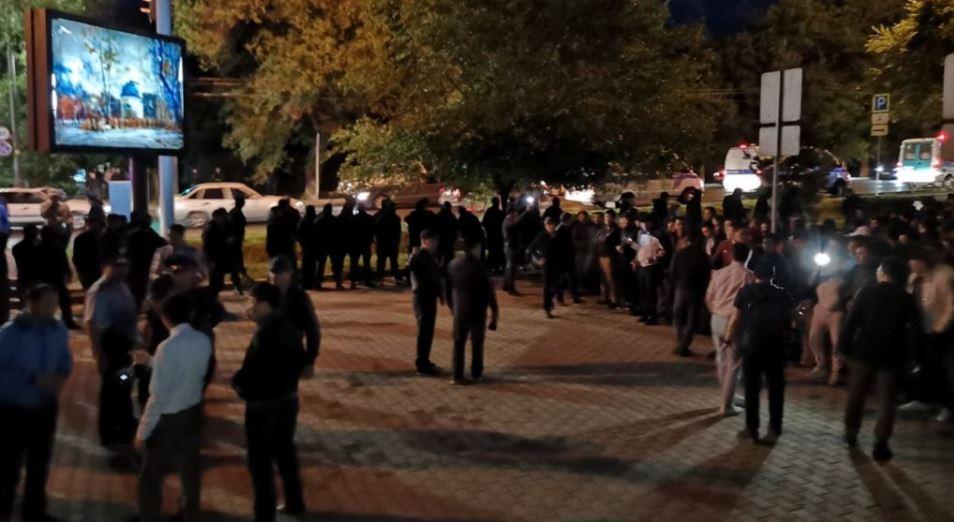Около 200 участников незаконных митингов задержаны в Алматы и Нур-Султане в понедельник – МВД