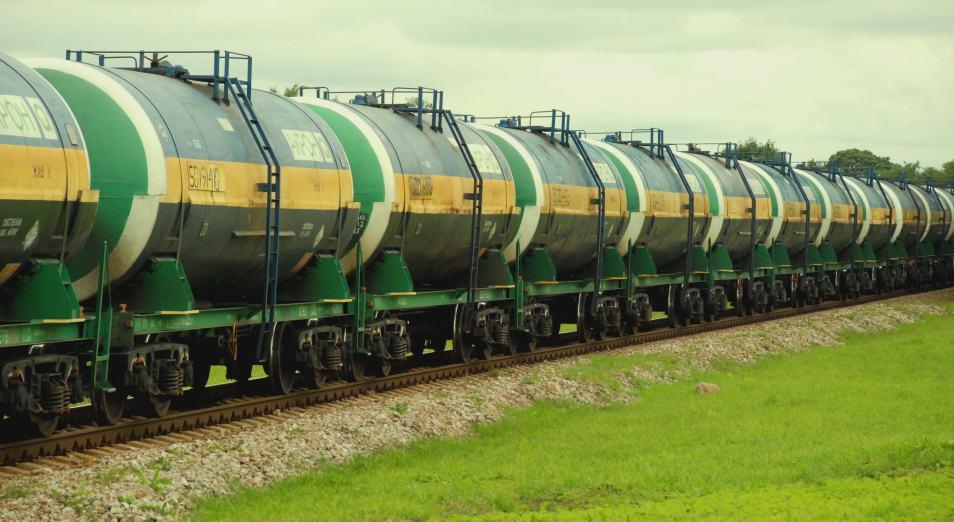 В октябре отгрузят первую партию экспортного бензина марки Аи-92