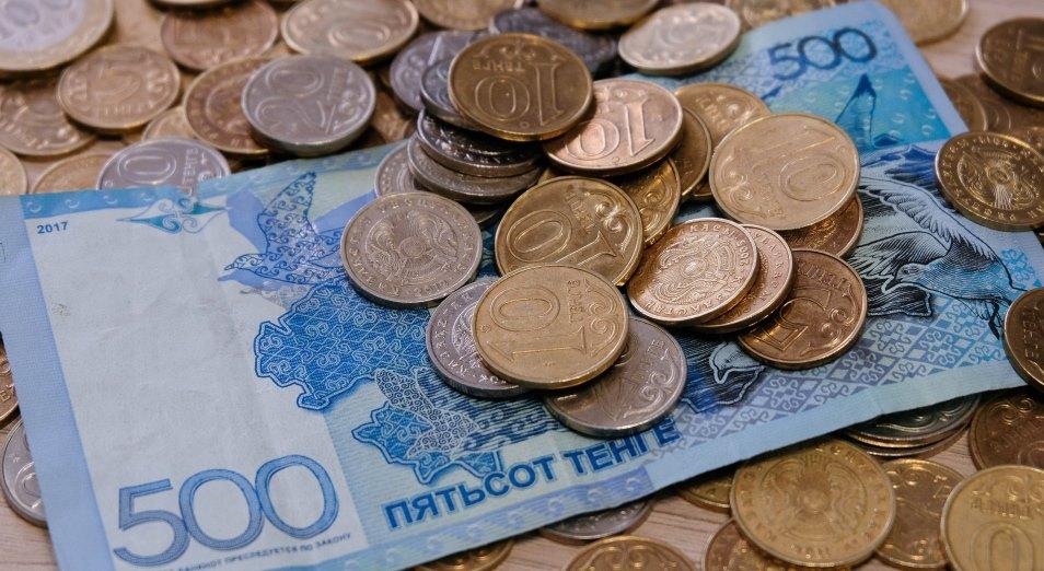 Нужно ли урезать зарплату тем, кто не знает государственного языка?