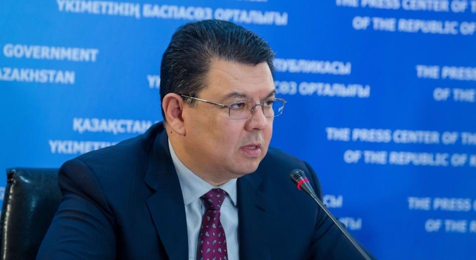 Акцизы на бензин в этом году не поднимут – Бозумбаев