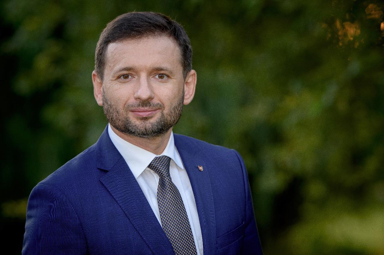 Роман Мельник