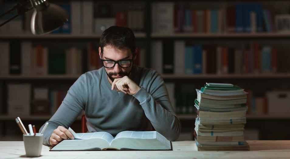 Быть профессионалом нужно там, где раньше не требовалось: как устроено современное образование