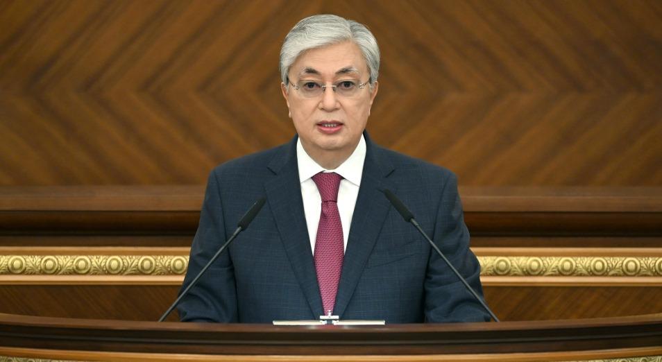 Критика, планы: полный текст послания президента РК народу Казахстана