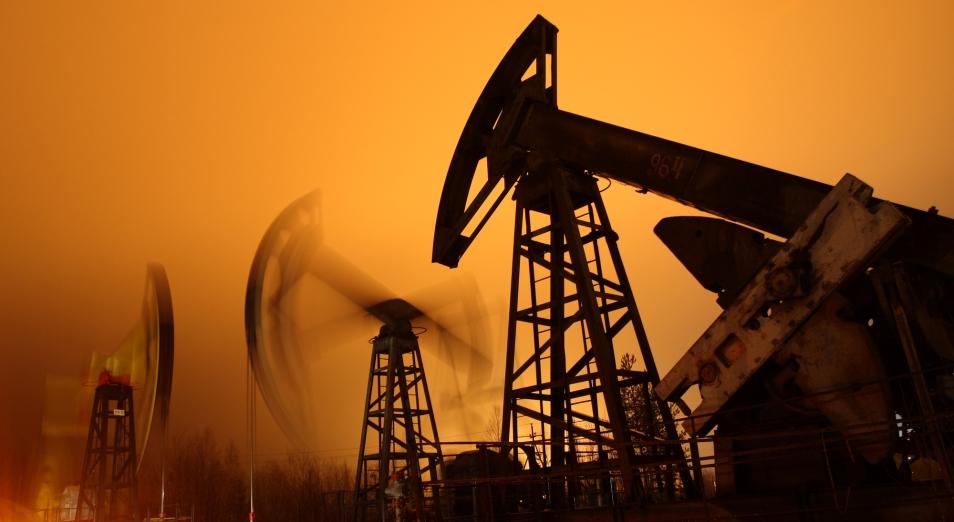 Нефть вновь достигает очередных месячных максимумов