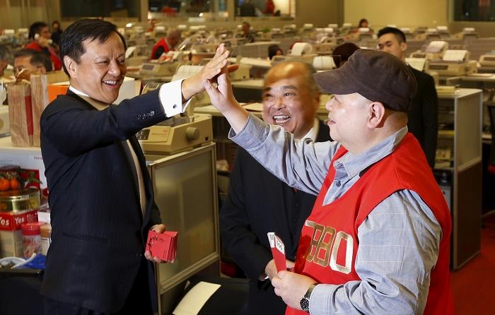 Гонконг в помощь, МФЦА ,Кайрат Келимбетов,Гонконг ,Джон Цан,Финансовый рынок,юань