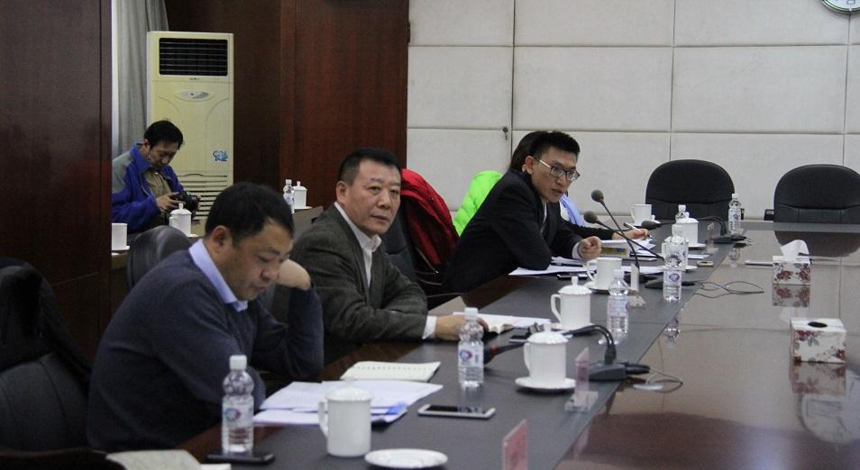 Бизнесмены Хэйлунцзяна импортируют пиво из Казахстана и предлагают инвестиции