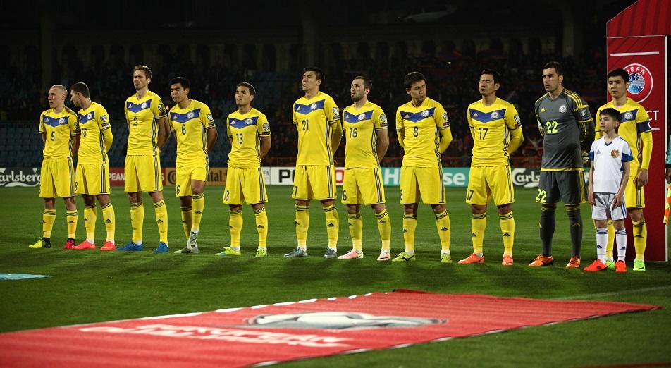 Казахстан проиграл Армении в меньшинстве, Футбол,Александр Бородюк,Армения,Группа E,Чемпионат мира,Спорт