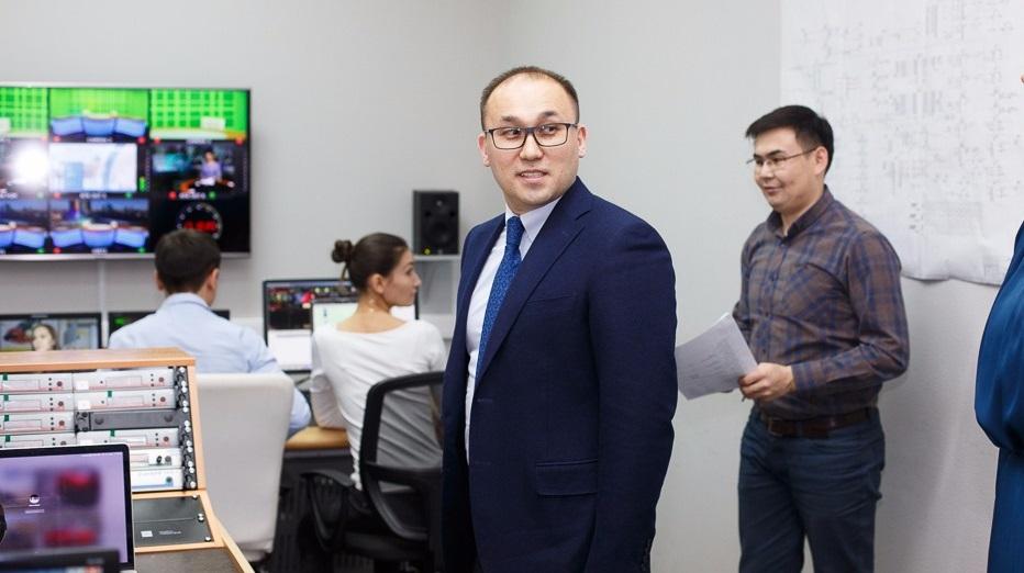 Даурен Абаев: Чиновники сами будут бегать за журналистами