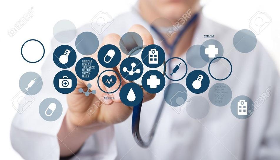 Правительство откладывает введение института медстрахования на полгода