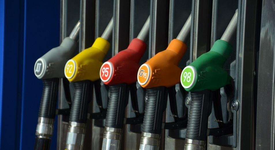 Казахстан вводит запрет на экспорт нефтепродуктов