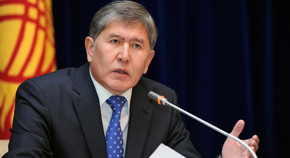 Атамбаев готовится к революции и боится встретиться с Назарбаевым