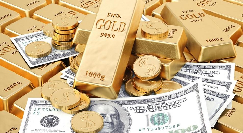 Международные резервы Казахстана тают третий месяц подряд