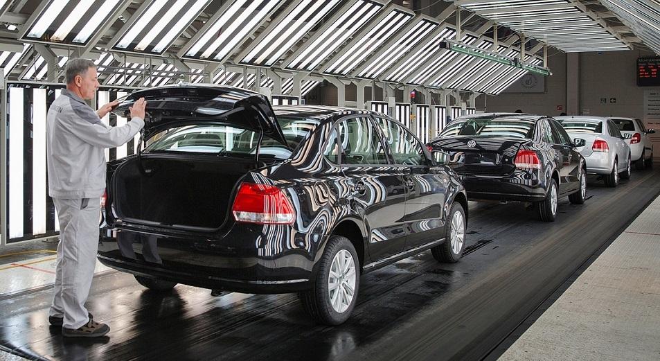 Автопром восстанавливается натурально, Авто, КазАвтоПром, Бипэк Авто, АКАБ, Олег Алфёров