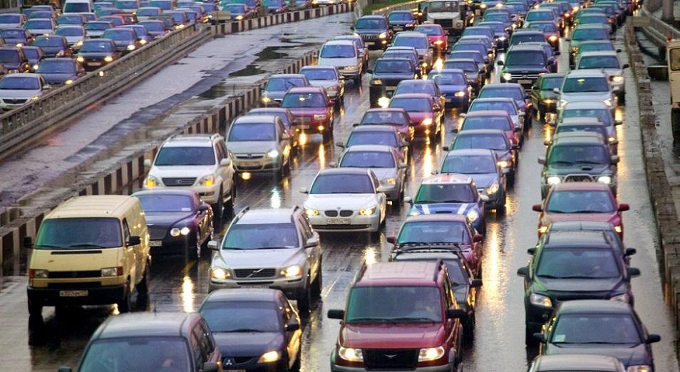 Более 8000 автомобилей произведено в Казахстане за полгода , Автомобиль,Казахстан,КазАвтоПром,Транспорт,производство,Олег Алферов