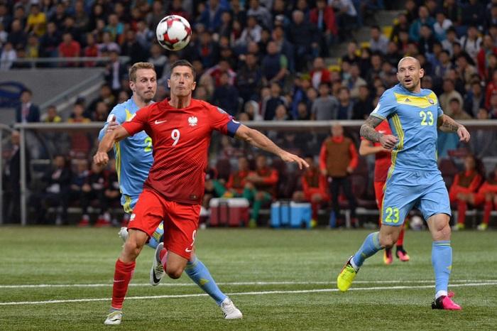 Сборная Казахстана наказала сборную Польши за самоуверенность
