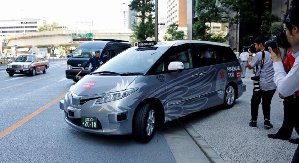 Жүргізушісіз таксидің Олимпиада қарсаңындағы дебюті, Автономды минивэн, Жапония, Uber, жүргізушісіз көлік