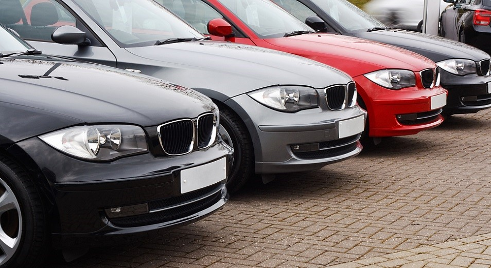 Второй месяц легковые авто покупают хуже , Авто, производство , статистика, АКАБ, КамАЗ-Инжиниринг