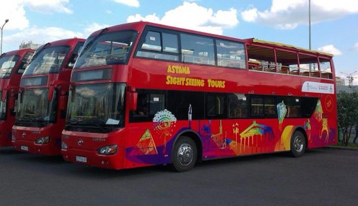 В Астане запустили экскурсионные двухэтажные автобусы