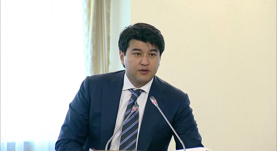 Из тени - в тень? , Куандык Бишимбаев,депутаты,налог,Экономика,НДС,законопроект
