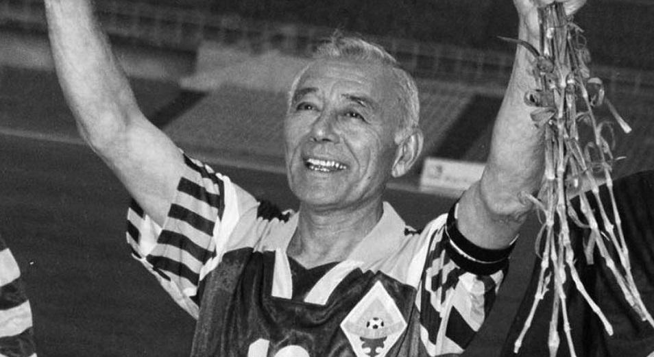 Скончался известный казахстанский футболист и тренер Тимур Сегизбаев