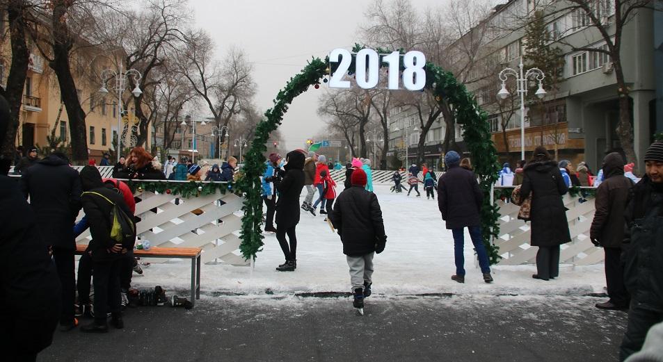 Восемь ледовых катков откроют в Алматы