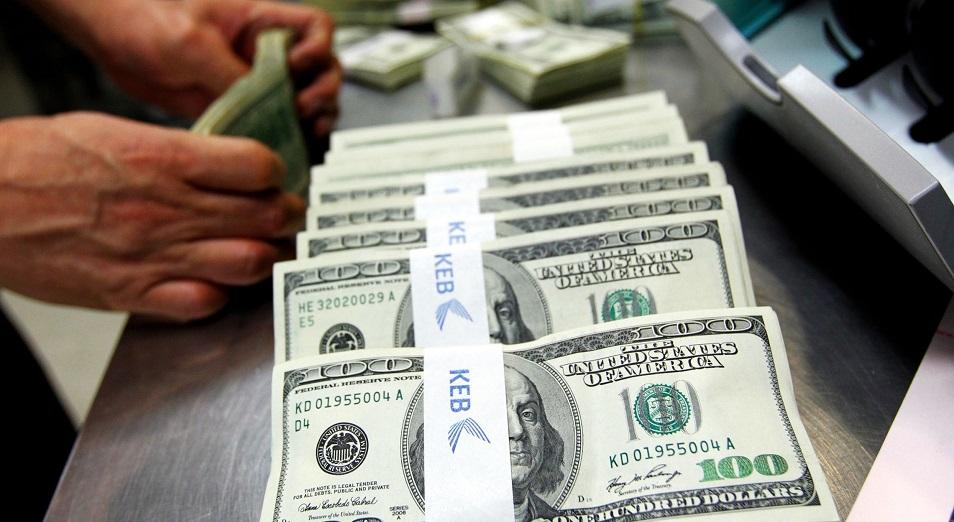 Доллару предрекли долгосрочное падение