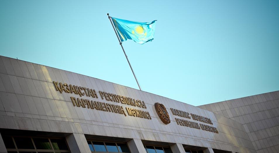 «У нас обязательно надо поймать человека и посадить», Нурсултан Назарбаев, Правительство, коррупция, Гуманизация