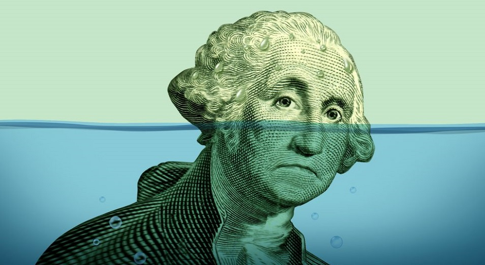 Налоги «прибили» доллар