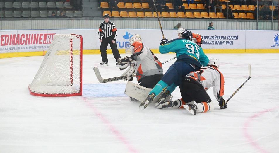 ВХЛ: Полуэктов оформил первый «сухарь»