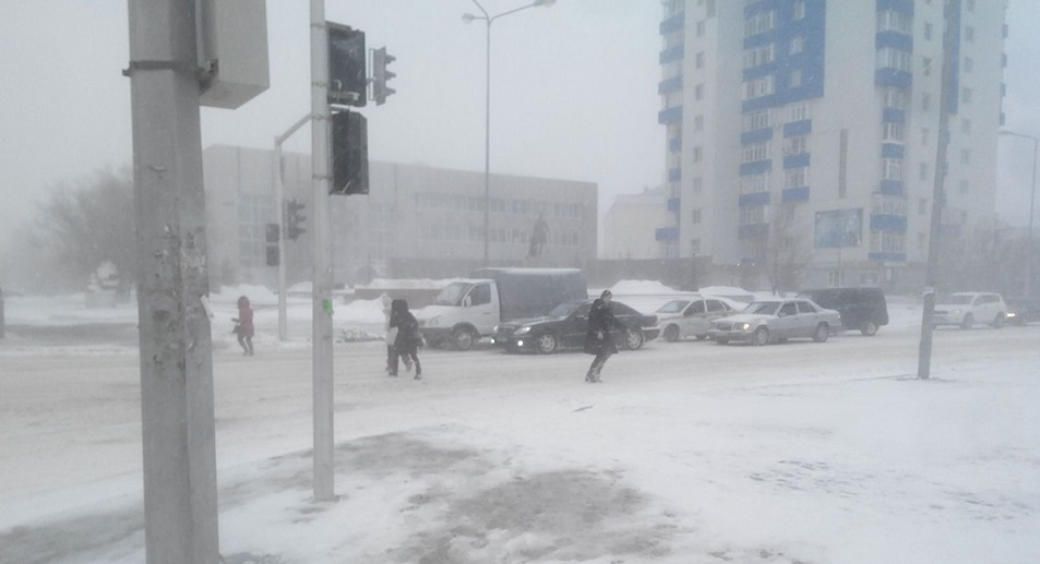 Буран в Астане: 39 человек обратились за медпомощью, Буран, ЧС, Камалжан Надыров, Астана