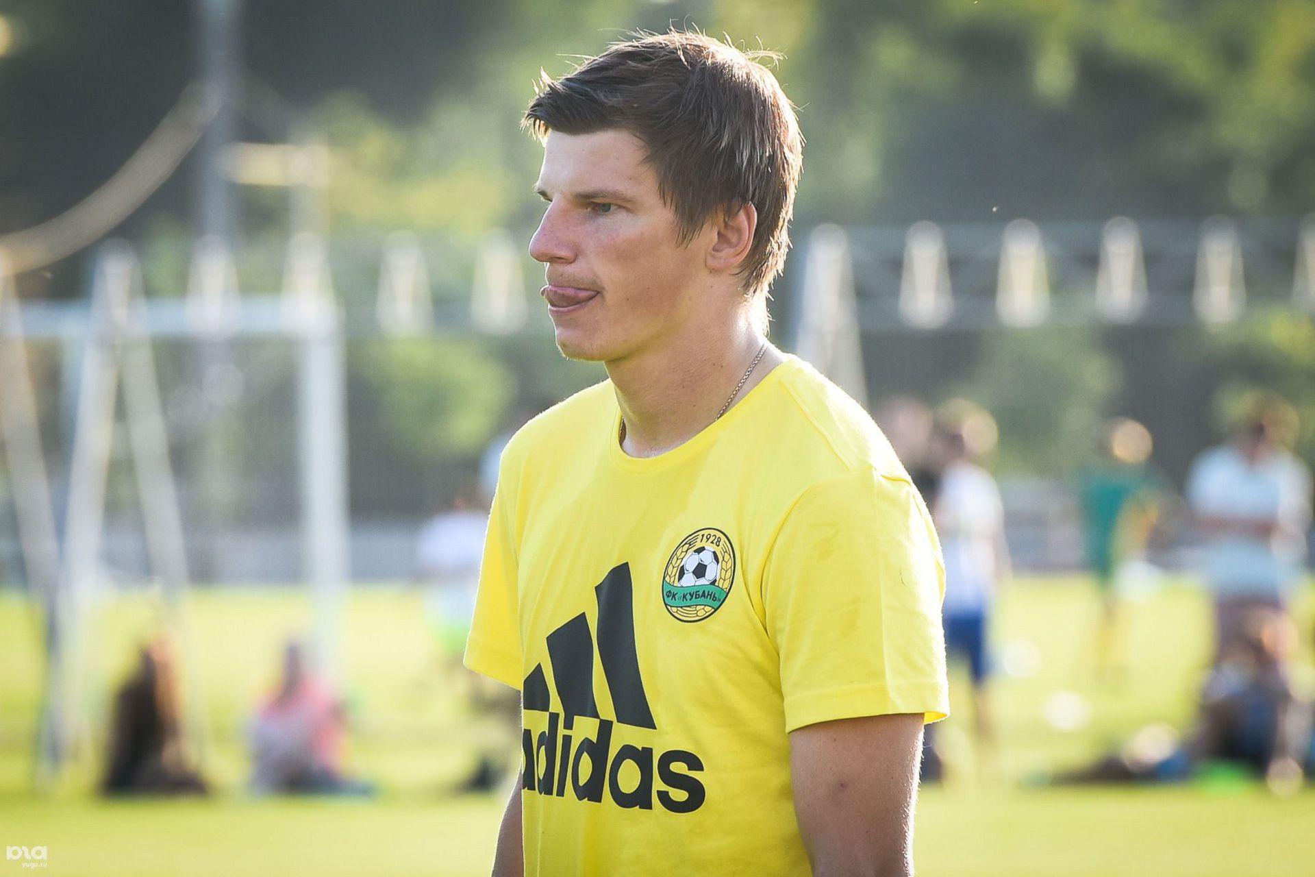 Андрей Аршавин в составе ФК «Кайрат» прибыл в Санкт-Петербург