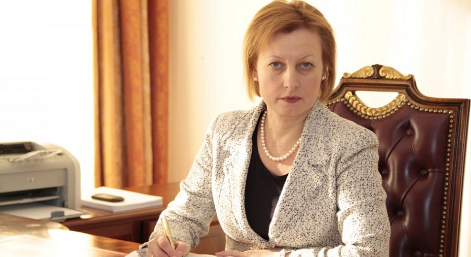 Елена Бахмутова: «Закрывать дыры в бюджете уже не получится», Елена Бахмутова, бюджет, ОСМС, ФСМС