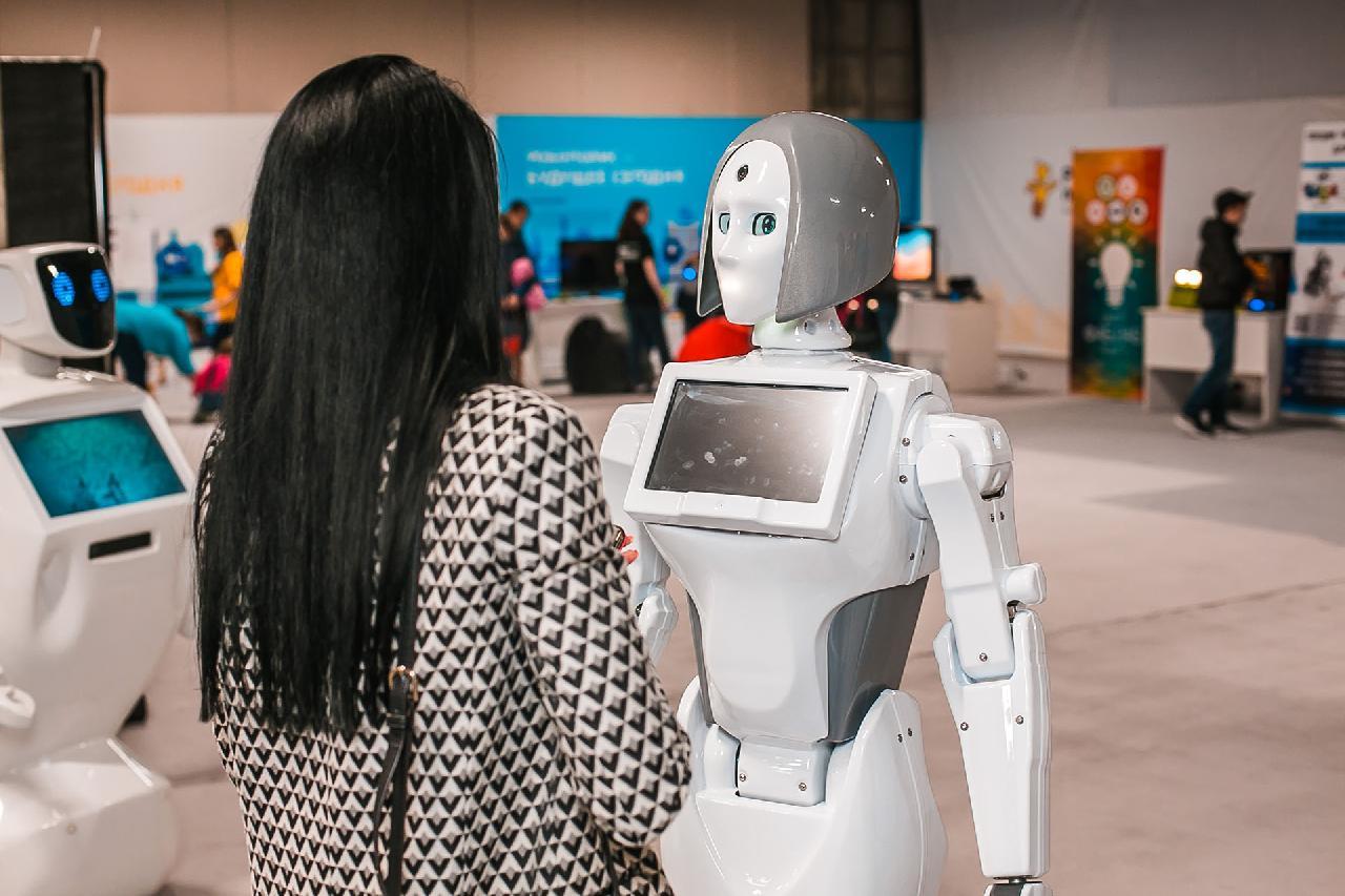 В Павлодар привезли роботов со всего мира  , Павлодар, Робот