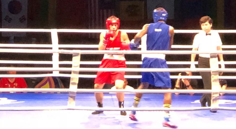 Полуфиналы МЧМ по боксу: шесть казахстанцев пишем, четыре – в уме